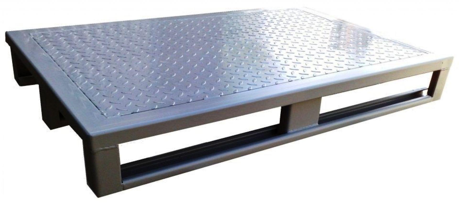 Stahlblechpalette mit Riffelblech