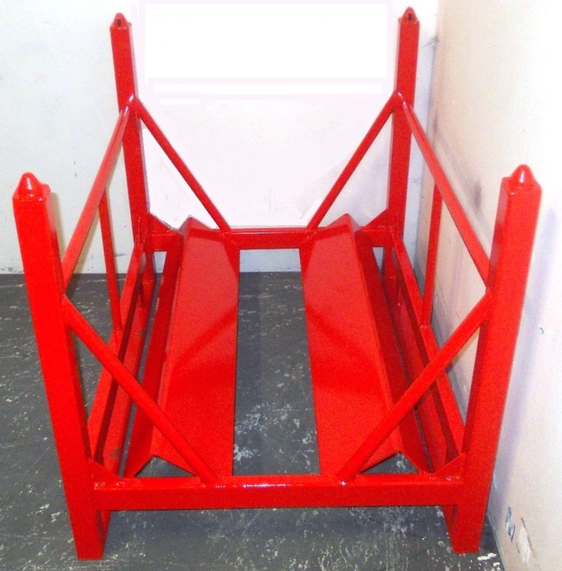 Spulengestell rot mit Prismenauflage