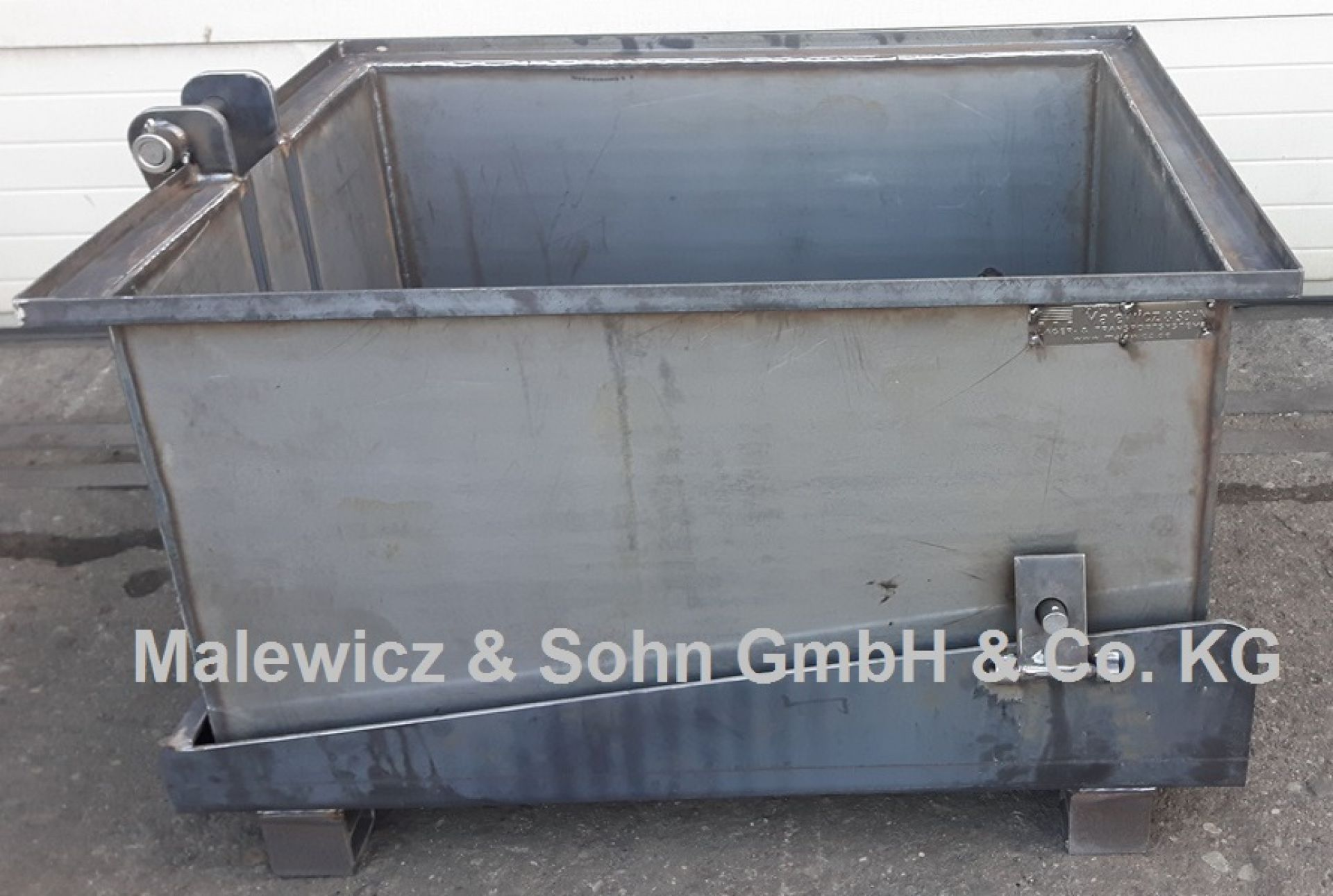 Fallbodenbehälter für Gießerei
