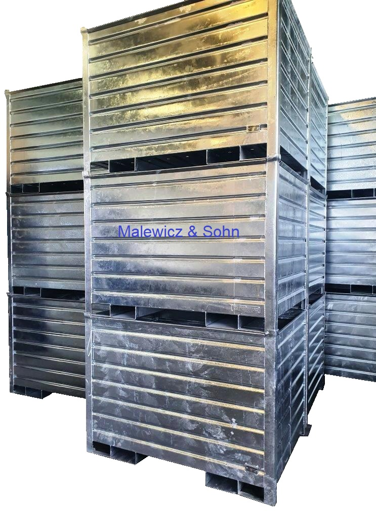 Blechbehälter mit Bodenablauflöchern