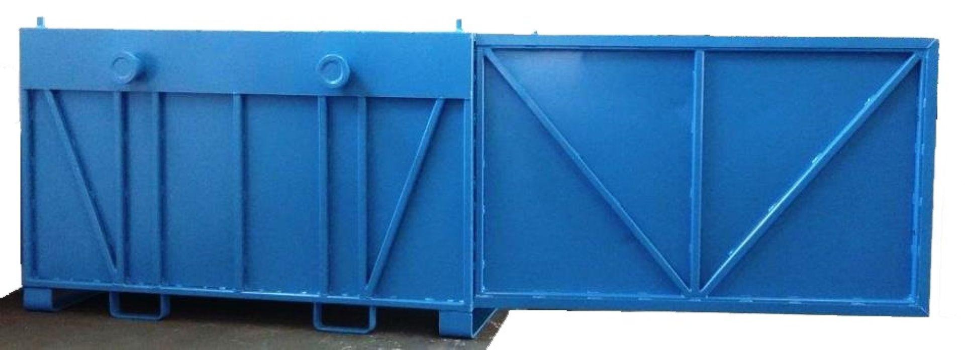 Kranbarer Schwerlastbehälter mit Tür