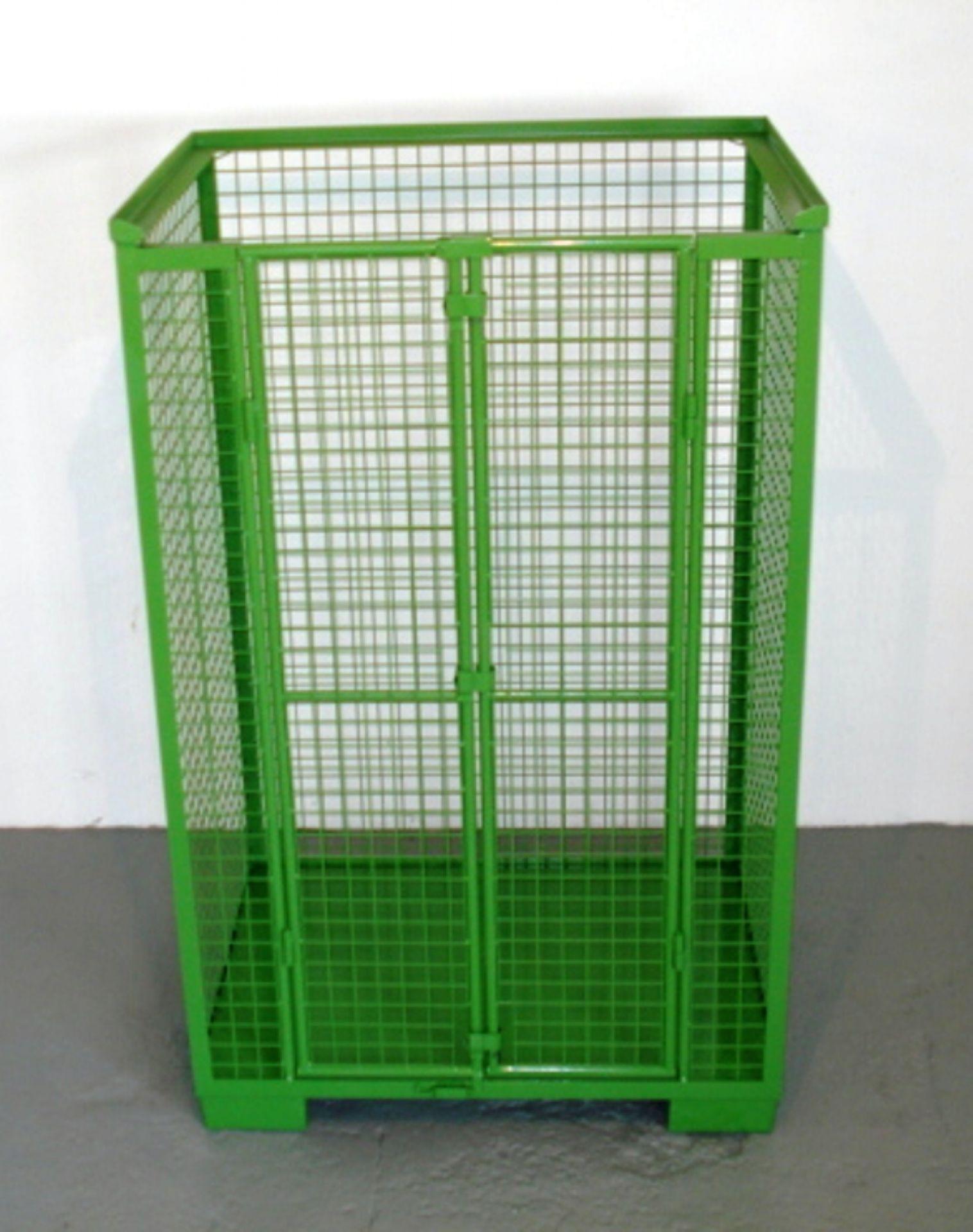 Gitterbehälter mit Tür