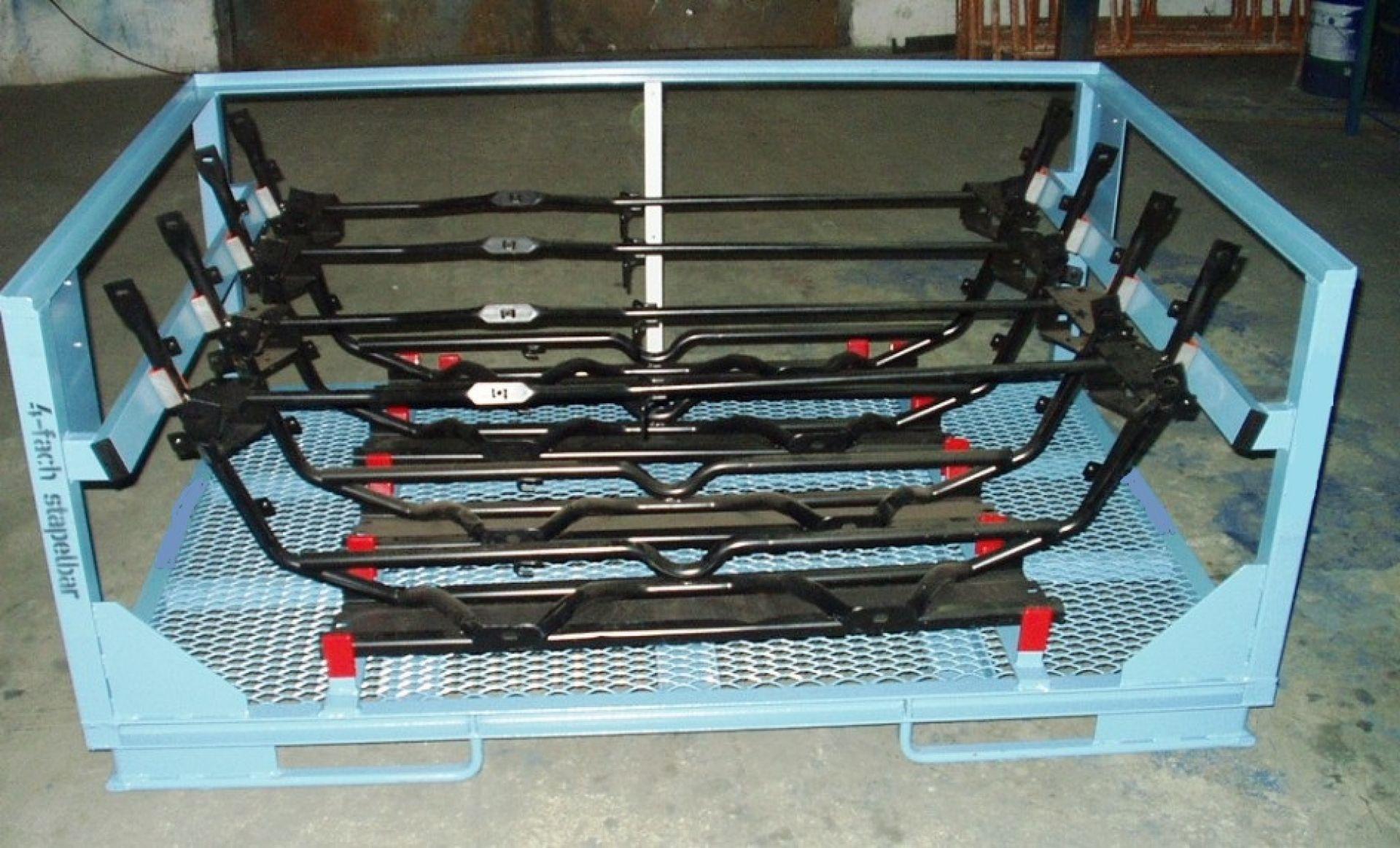Ladungsträger für Komponenten Automobilbauer