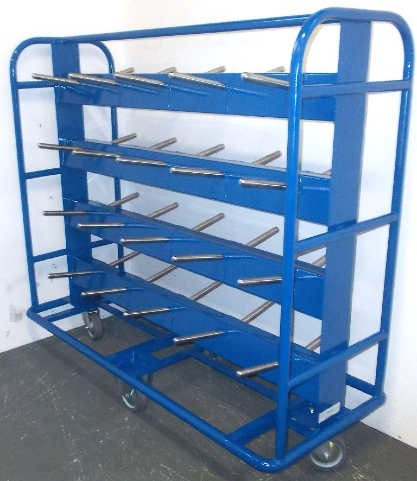 rollbarer Spulenwagen für 40 Garnspulen