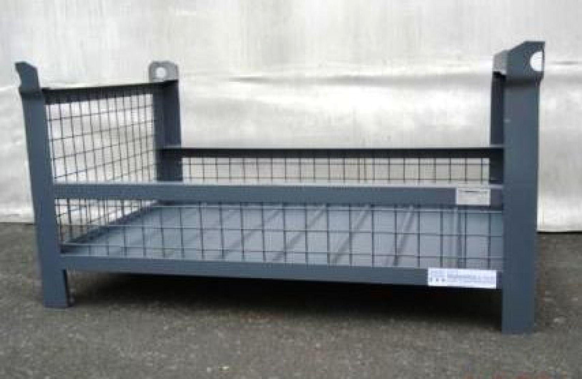 Gitterbehälter kranbar mit zwei offenen Langseiten