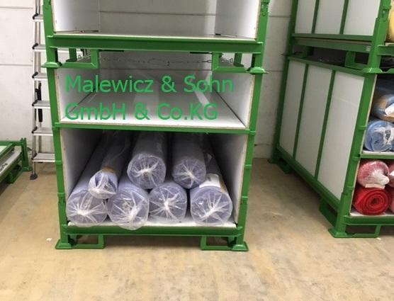 Textilbehälter mit zwei Zwischenböden